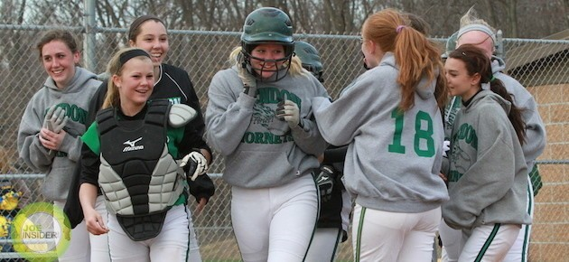 Mendon softball sweeps Centreville