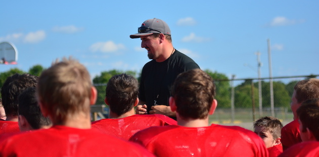 2015 Colon Football Preview — Magi seeking back-to-back playoff berths